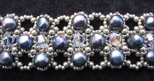The Cassidy Gallery features Bead Artist Jacqueline Mercer